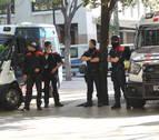 Trece detenidos en Barcelona por robar a turistas haciéndose pasar por policías