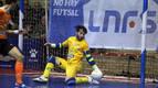 El portero Molina (Aspil-Vidal) presenta una lesión en la columna lumbar