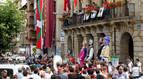 Ikurriñas y pancartas por los presos de ETA copan el chupinazo de Etxarri Aranatz