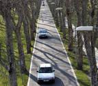 Trasladado al CHN al chocar contra un árbol en la carretera de la Universidad