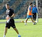 Cinco futbolistas habituales del Tenerife, con problemas físicos