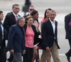 Obama concluye su visita a Cuba y Raúl Castro le despide en el aeropuerto