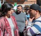 El concejal de Jaén en Común Andrés Bódalo espera su detención en una acampada