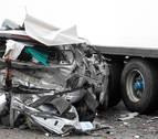 Un bebé fallecido tras chocar un camión y un turismo en Toledo