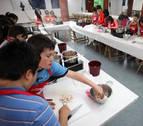 Los alumnos de la Ikastola Argia participan en un taller de cocina
