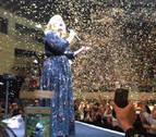 Adele dedica un concierto a Jolie y Pitt ante su divorcio: