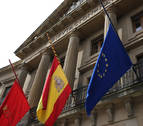 El cuatripartito deja para septiembre el debate sobre la Ley de Símbolos