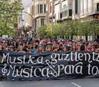 El Defensor del Pueblo respalda a las familias de la escuela de música de Estella