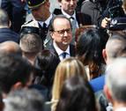 François Hollande, estrella inesperada de las librerías francesas