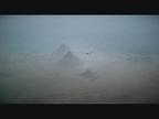 El avión solar 'Impulse 2' despega desde Egipto para terminar su vuelta al mundo