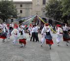 La danza tradicional recorre la comarca de Pamplona