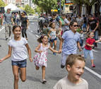 Mucha expectativa y poco público en la avenida de Zaragoza