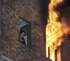 Una fallecida y 7 heridos en la explosión en una vivienda en Segovia y posterior incendio