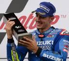 Viñales reina en Silverstone y Márquez regala tres puntos a Rossi