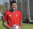 Javi Álamo deja de ser jugador de Osasuna y se marcha al Almería