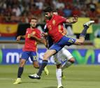 España vapulea a Liechtenstein y Diego Costa zanja el debate