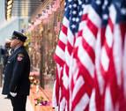 Nueva York recuerda el 11S en un acto del que se retiró Clinton por malestar