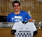 El periodista y viajero Ander Izagirre ofrece una charla en la biblioteca de Navarra