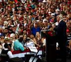 Trump mantiene el tono hosco del debate en mitin en Florida