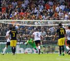 El Atlético consigue derribar el muro de Alves