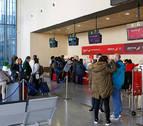 El tráfico de pasajeros del Aeropuerto de Pamplona crece un 45,1% en agosto