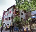 El Ayuntamiento rescinde la cesión del Chalet de Caparroso a los okupas y cierra el edificio