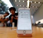 Sus 20 novios le regalan 20 iPhone 7 y los revende para comprarse una casa