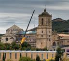 Irache arregla las cubiertas de su iglesia, cerrada desde el lunes al turista