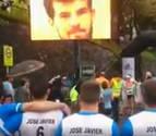 Emotivo homenaje al navarro fallecido el año pasado en la Behobia-San Sebastián