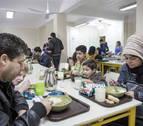 El restaurante 'Robin Hood' del padre Ángel da de cenar a mil personas sin hogar en Navidad