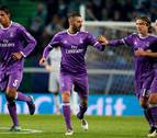 Benzema rescata a un Real Madrid bipolar