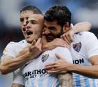 El Málaga se lleva 'in extremis' un frenético partido ante el Dépor