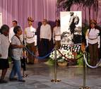 Colas de varias horas para acceder al memorial de Fidel Castro en La Habana