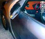 Detenida una joven por agredir y romper el retrovisor a otra en Dantxarinea