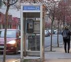 Más de 16.000 cabinas telefónicas en España para menos de una llamada al día