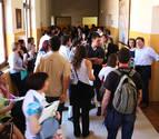 UGT inicia una recogida de firmas por la transparencia en las oposiciones de docentes