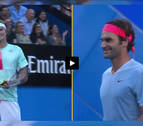 [VIDEO]  Federer hace gala de su caballerosidad ante Zverev a pesar de caer derrotado