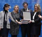 Rajoy ensalza a Rita Barberá como una persona
