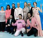 Eduardo Casanova lleva a la Berlinale su obsesión por el rosa y las deformidades