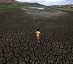 Cisternas caseras dan vida a tierras secas de Sudamérica