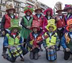 El buen tiempo llenó de luz y color el carnaval estellés