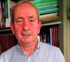 Juan José Lacosta lleva a un libro la historia de Murillo el Fruto