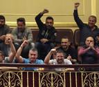 Bruselas avala el decreto de la estiba pero no indulta a España