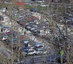 El tráfico que soportan las calles de la Rochapea por el parking de Corralillos