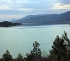 Los embalses de la cuenca del Ebro, al 71% tras bajar un 3% la última semana