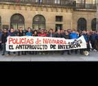 Quinientos policías claman contra la ley del Gobierno foral