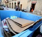 La Mancomunidad pide cárcel por comprar papel sacado de contenedores