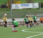 El fútbol femenino de Lagunak recobra impulso y sigue creando cantera