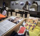 Una exposición en Condestable muestra once maletas de refugiados