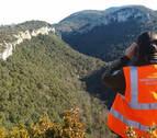 El Gobierno considera inviable armar a los 6.000 agentes forestales